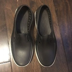 NATIVE shoes Size 40